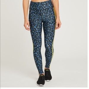 soulcycle Pants - Soul By SoulCycle Floral Tight With Side Stripe